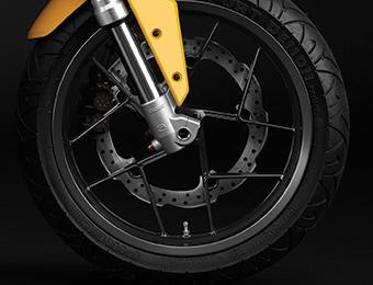 Las ruedas y neumáticos de la motocicleta eléctrica Zero S